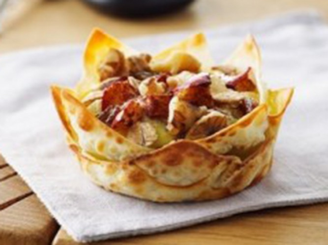 Baked Ontario Apple Frittata Cups