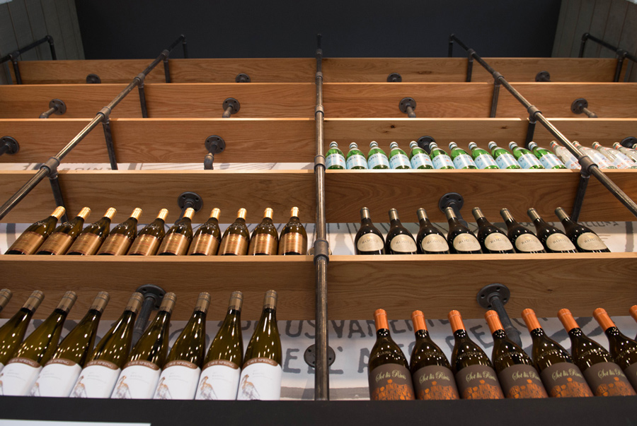 wine_shelf